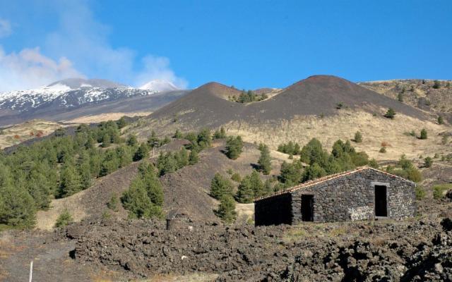 Un itinerario dal Parco dell'Etna alle stelle