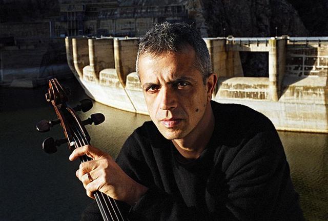 rock-e-barocco-giovanni-sollima-in-barock-cello