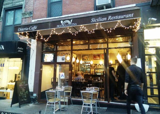 Il primo locale aperto dallo Chef Philip Guardione è stata la Piccola Cucina Enoteca, situato nel cuore di Soho, al 184 di Prince Street...