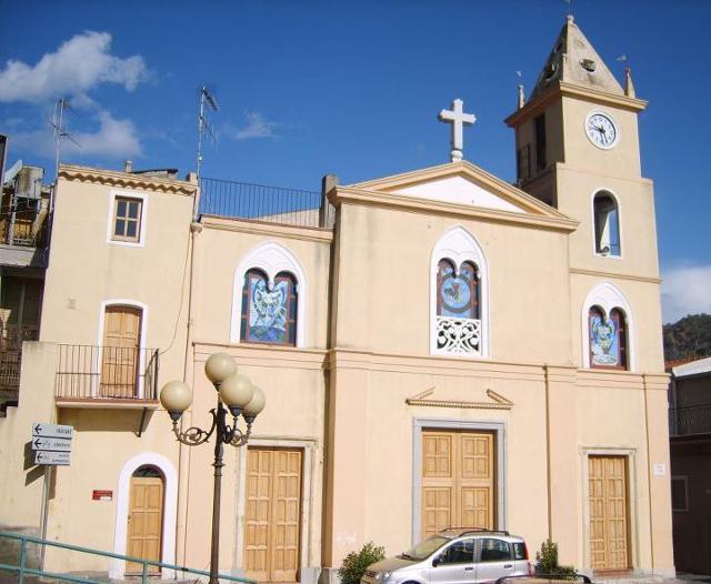 La Chiesa di San Vito Martire, nella frazione di Misserio - Santa Teresa di Riva