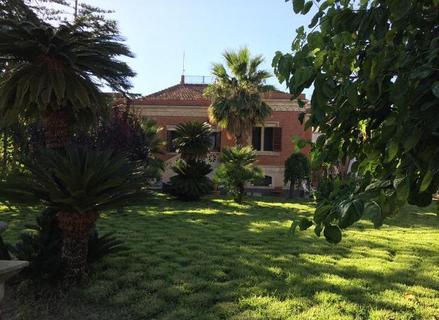 La Villa dei Marchesi Carrozza a Santa Teresa di Riva