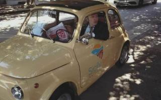 Agrigento porta i turisti a bordo delle intramontabili 500