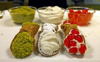Cannolo festival, sfida tra i Territori del ''dolce re'' della pasticceria siciliana