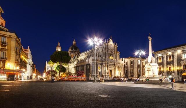 Piazza Duomo, Catania