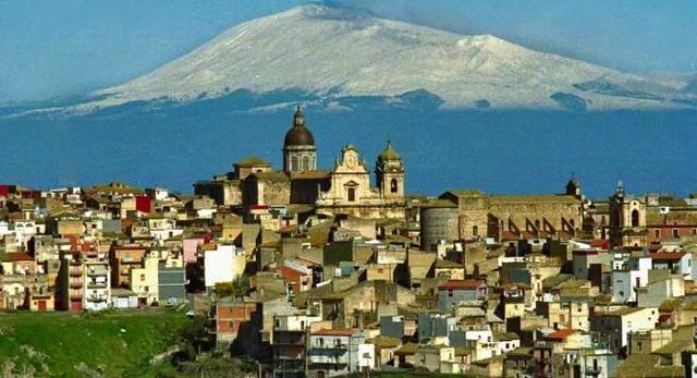 Panorama di Militello in Val di Catania