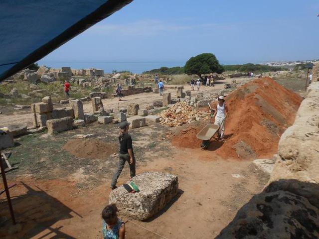 Scavi nel Parco Archeologico di Selinunte