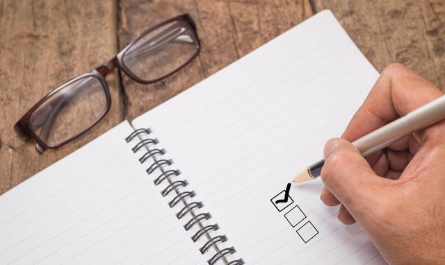 Fare una lista delle attività del ritorno e cominciare con le piccole incombenze per sgomberare il campo.