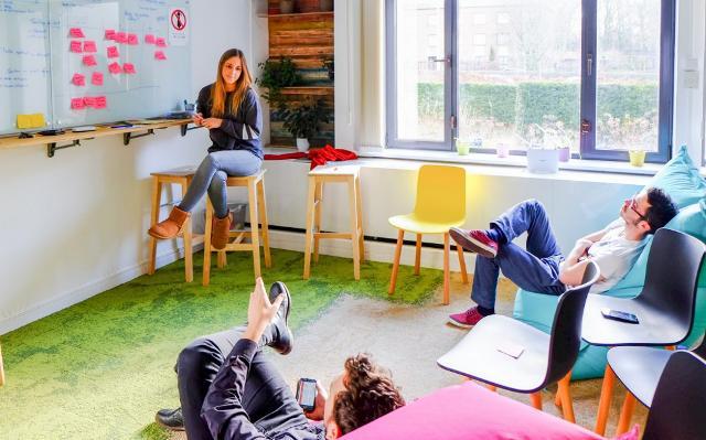 Un innovation meeting con tutto il team, mentre si ha la mente ancora libera e riposata, può servire per innovare processi, task o modalità di lavoro.