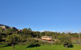 In viaggio sui Treni Storici alla scoperta della gastronomia siciliana