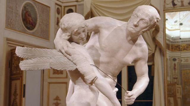 Dedalo e il figlio Icaro in una scultura di Antonio Canova