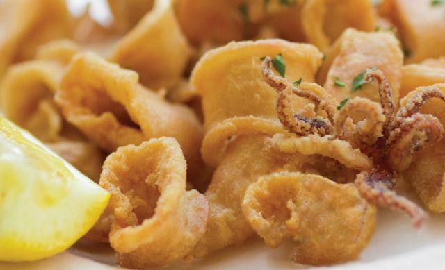 Una tipica frittura di pesce siciliana