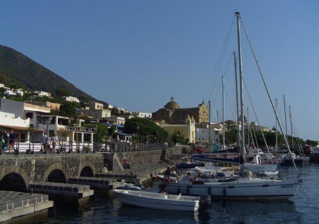 Il porto di Santa Marina - Salina