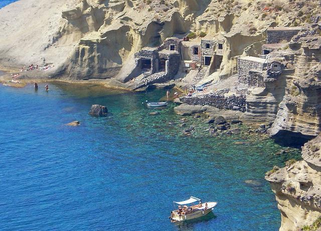 Antichi insediamenti abitativi dei pescatori di Salina