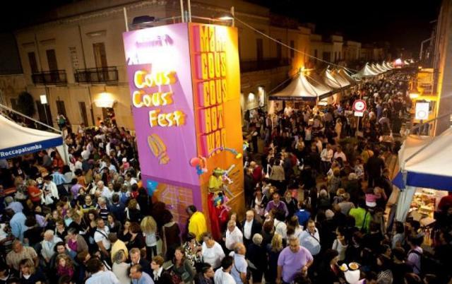 I dieci giorni di Cous Cous Fest saranno pieni di appuntamenti tra sfide di cucina, cooking show, degustazioni, talk show, concerti e spettacoli.