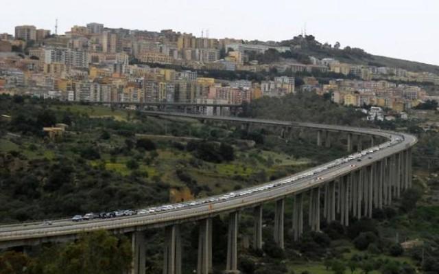 Contro il ''Morandi'' di Agrigento