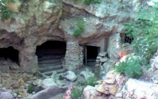 Visita alle Catacombe Paleocristiane di Naro
