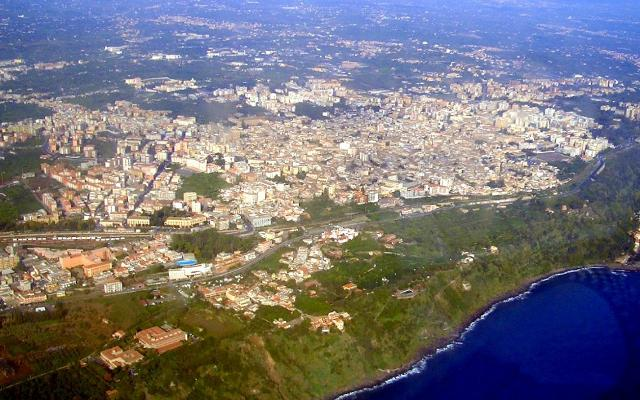 Veduta aerea di Acireale - ph. Emilioba93