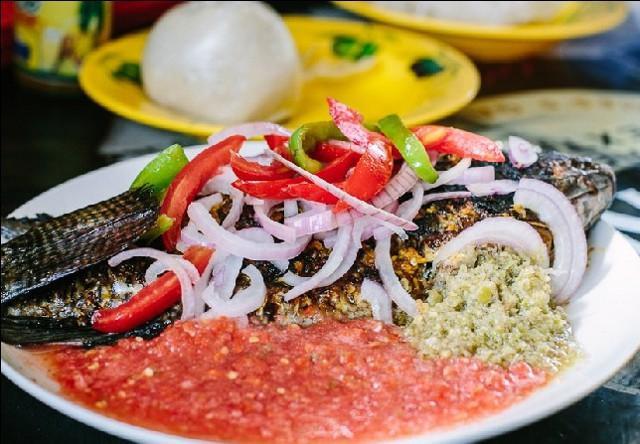 Il Banku e Tilapia, piatto nazionale del Ghana