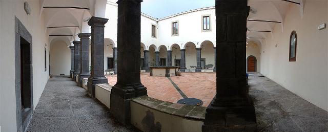 Chiostro del convento dei Padri Minori riformati - Trecastagni