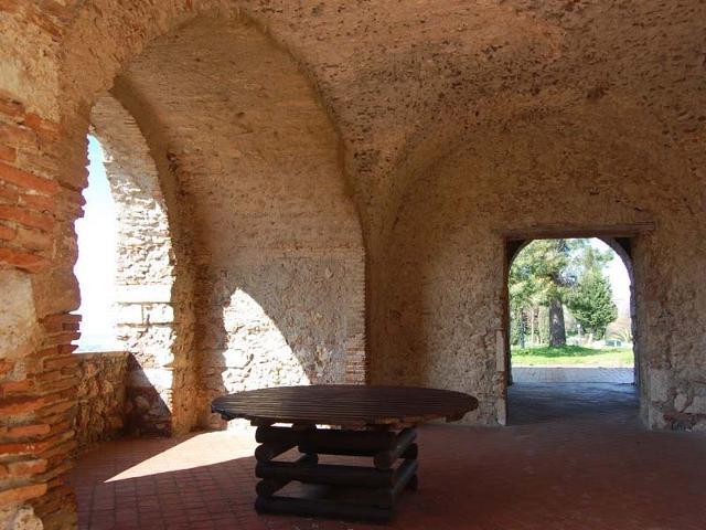 L'interno del Convento dei Cappuccini di Roccavaldina