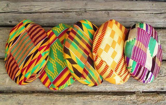 Le coppole siculo-ghanesi di Korai x Kente (KxK)