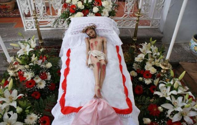 La statua del Cristo deposto della Chiesa Madre di Gratteri
