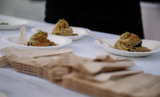 """Gli """"Spaghetti Sultano Taratatatà"""" per il matrimonio palermitano di Roy Paci"""