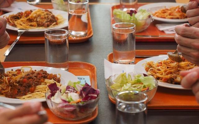 L'Ersu Palermo, oltre al servizio di ristorazione aperto a Trapani (e ai servizi già erogati a Palermo) aprirà nei prossimi giorni anche il servizio di ristorazione a Caltanissetta e ad Agrigento.
