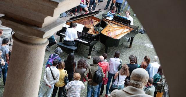 Piano City Palermo: oltre 65 concerti e 90 ore di musica, dal centro storico a quartieri come Danisinni, Ballarò e Brancaccio.