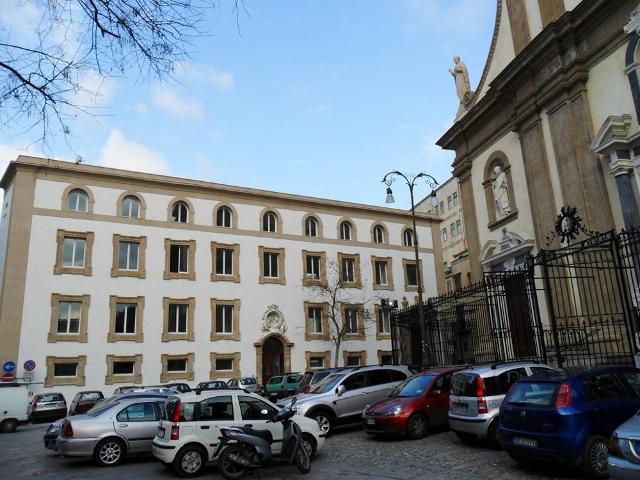 Residenza universitaria Santissima Nunziata in piazza Casa Professa.
