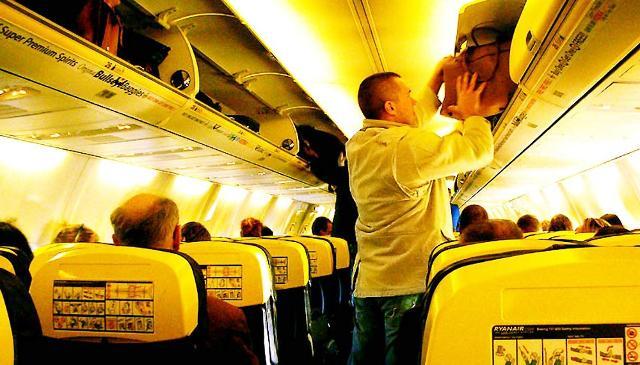 L'Enac ''tira le orecchie'' - ancora una volta - a Ryanair