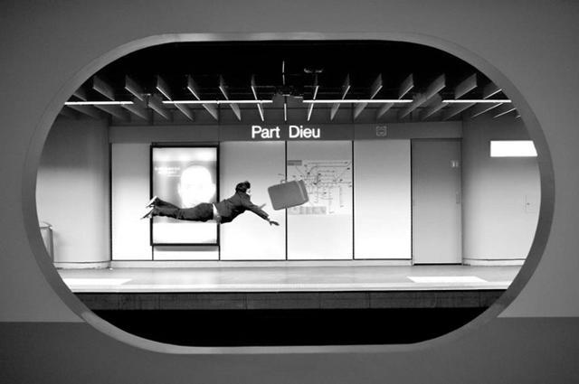 "Coreografia ""metropolitana"" di Sifeddine Manai"