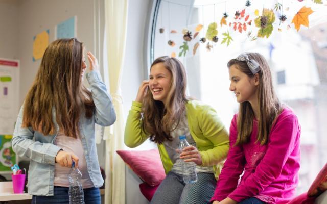 Ritorno tra i banchi di scuola: ripartire con il piede giusto grazie a una corretta idratazione