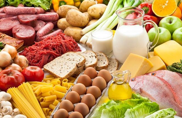 Gli alimenti sono quelli che saziano o fanno ingrassare, mentre tutto ciò che liquido è semplicemente bevanda...