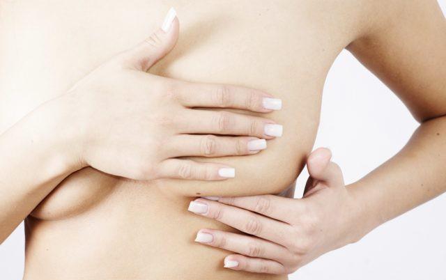 La prevenzione nella lotta al tumore al seno è tutto, a partire dall'autopalpazione che le donne non dovrebbero mai trascurare
