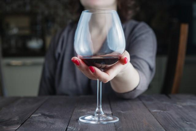 Per quanto riguarda il vino, la quantità che ne bevono gli adulti intervistati dall'Osservatorio Grana Padano corrisponde, comunque, ad un consumo lontano da implicazioni sulla salute