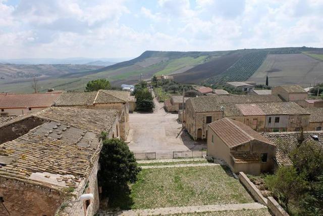 Il piccolo Borgo Santa Rita