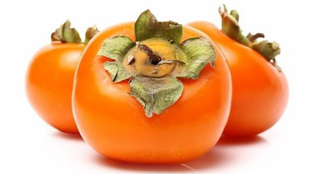 L'autunno ci regala un frutto succulento, vivace e buonissimo: il cachi