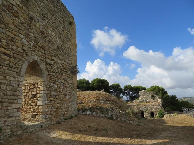 Il castello Eufemio di calatafimi Segesta - ph www.reportageonway.com