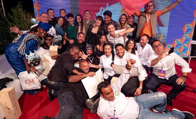 Il gruppo di chef che hanno partecipato al XXI campionato mondiale di Cous Cous