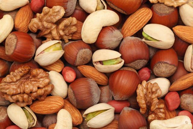 La frutta secca risulta essere - scientificamente parlando - un vero toccasana.