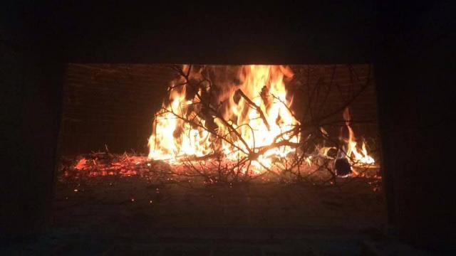 Arde vivo il fuoco del Forno Santa Rita