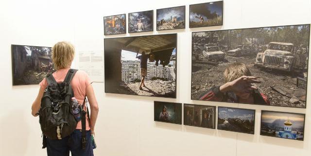 Alcuni degli scatti in mostra a Palermo