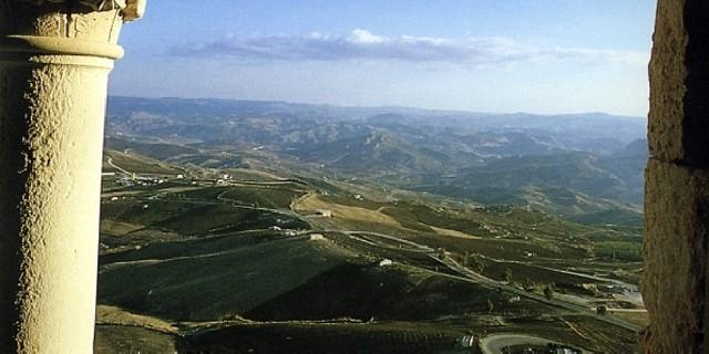 Il panorama che si gode dal Castello di Mussomeli