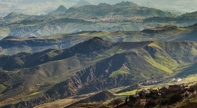 Panorama della Riserva Naturale Orientata di Monte Cammarata
