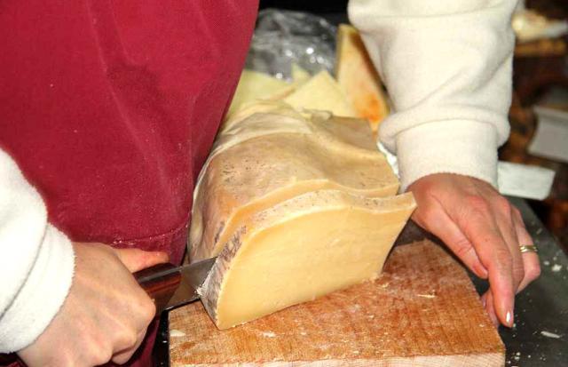 L'importanza del taglio nel formaggio...
