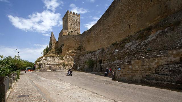 La Torre Pisana del Castello di Lombardia - Enna