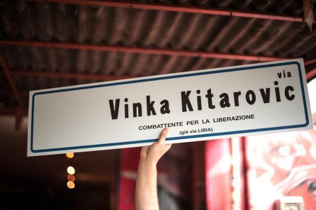 Vinka Kitarović - nomi di battaglia Lina e Vera - è stata una partigiana jugoslava attiva nella Resistenza italiana.