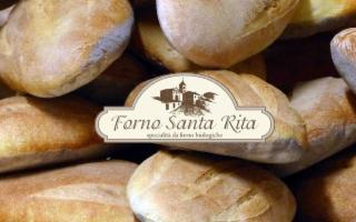 Maurizio, il fornaio che fa il pane più buono del mondo e fa rivivere borgo Santa Rita
