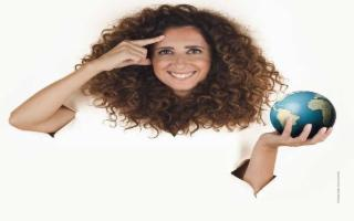 Teresa Mannino in 'Sento la terra girare'